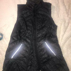 lululemon thin down vest